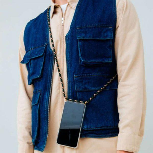 carcasa iphone 11 pro cordon negro3