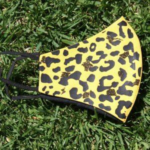 Mascarilla Reutilizable Amarilla Diseño Leopardo Negro Glitter Dorado 6