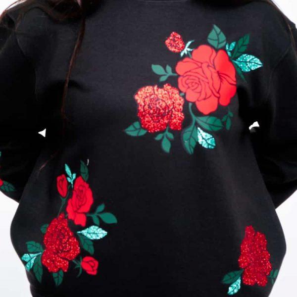 sudadera oversize corta eternal roses negra 4